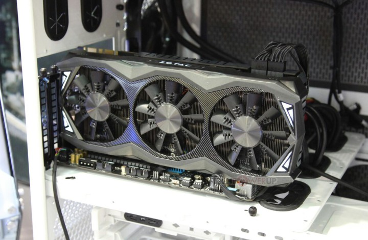 Gizlogic_Zotac-GeForce-GTX-980-Ti-AMP-Extreme-1