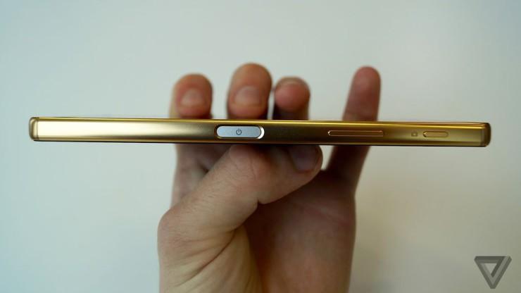 Gizlogic_Sony-Xperia-Z5-Premium-2-740x416