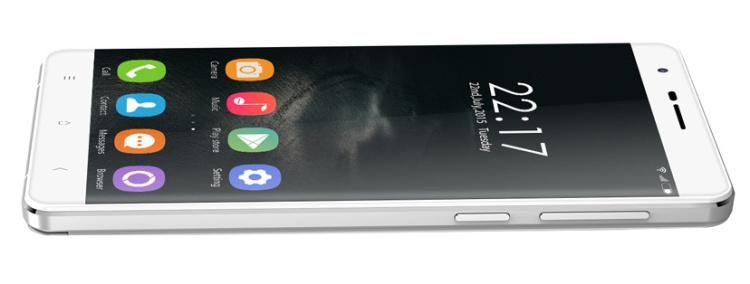 El Oukitel K4000 tiene una capa de personalización ligera sobre Android 5.1 Lollipop.