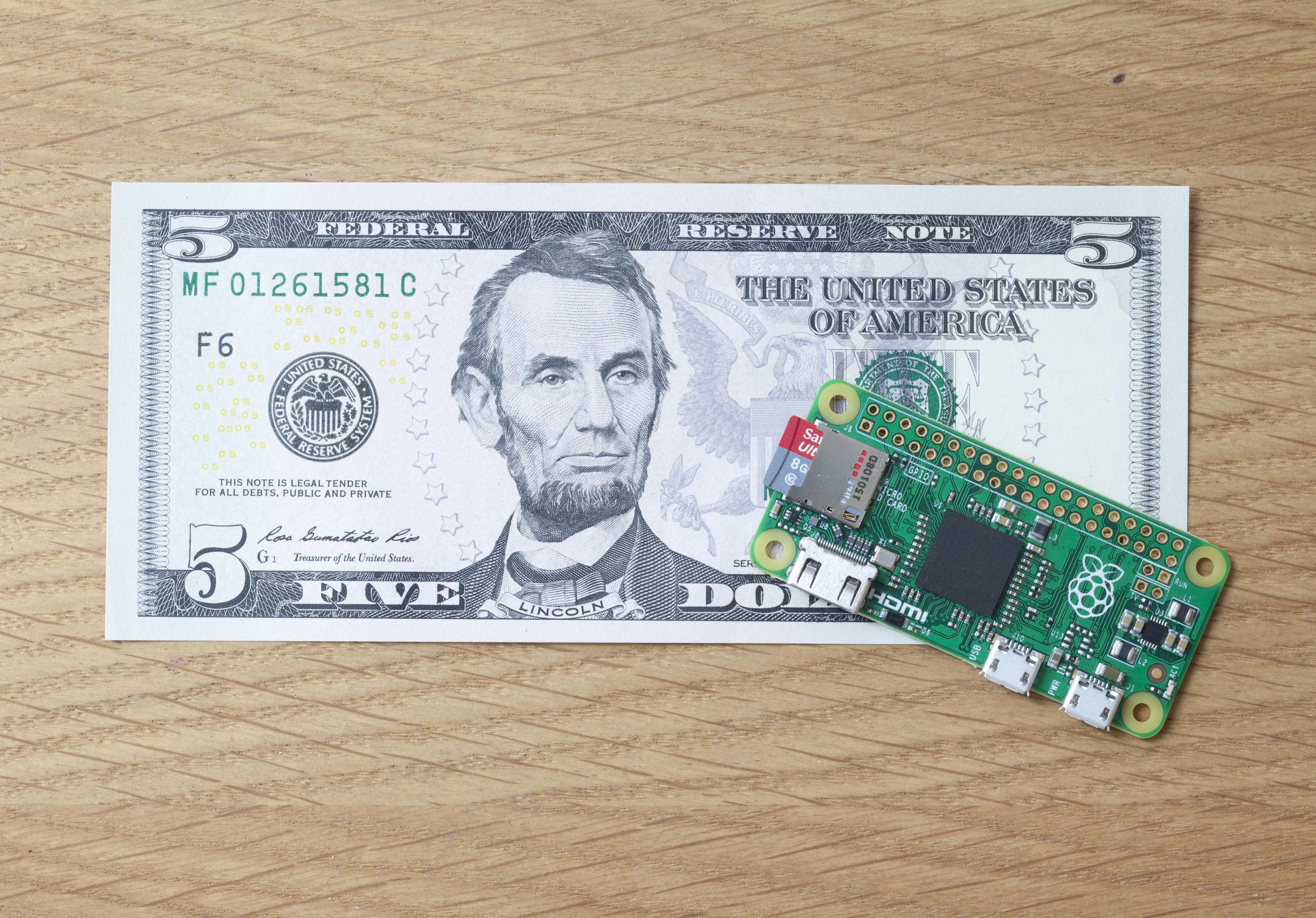 Con 80 euros puede crear un rack de 16 ordenadores y utilizarlo para procesar información de forma más rápida.