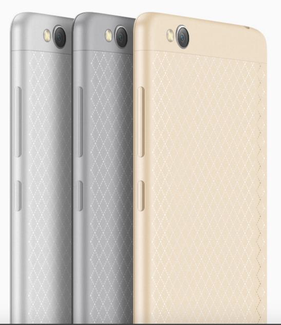 Tenemos 3 colores disponibles que recuerdan a los del iPhone.
