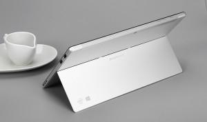 Dos puertos USB 2.0, perfectos para periféricos como ratón, teclado o una impresora.