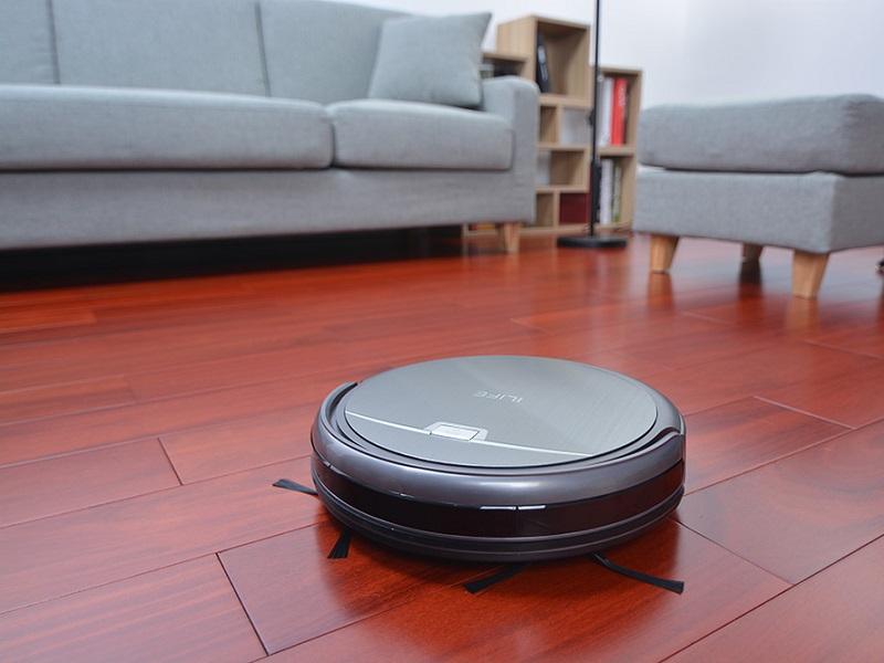 iLife A4 posee un diseño y funciones tradicionales