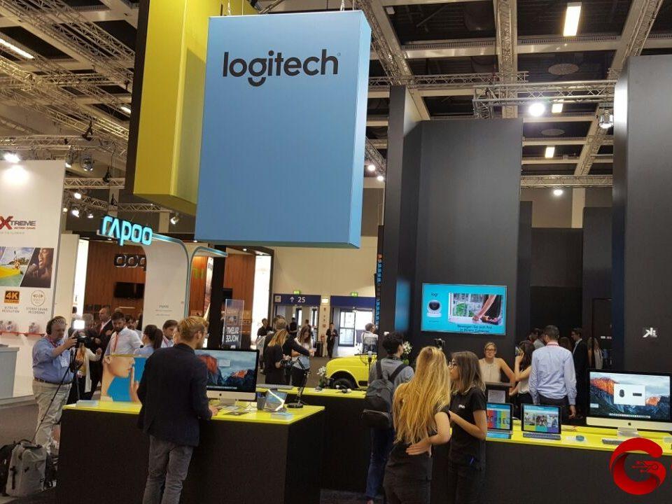 logitech stand