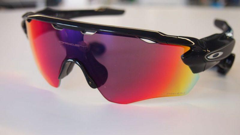 1ed438c37aff5 Las gafas inteligentes Oakley Radar Pace