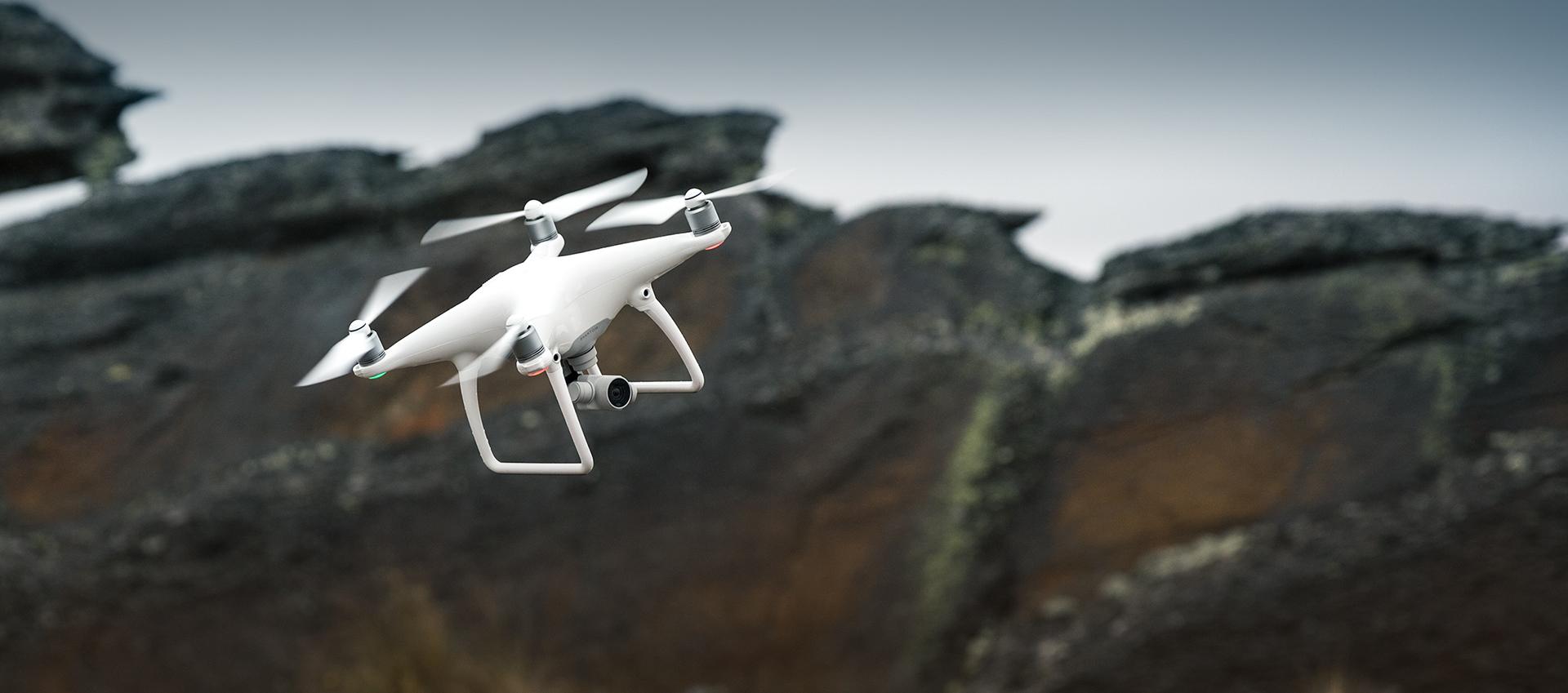 DJI Phantom 4 1 - Los mejores drones y los más baratos - Especial de Gizlogic