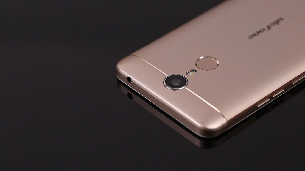 Ulefone Metal en color dorado