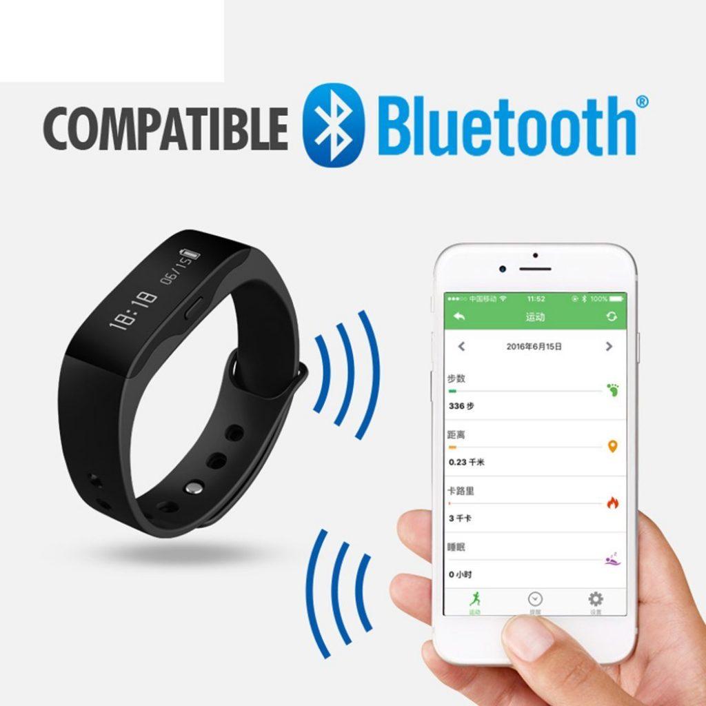 La pulsera cuantificadota SKMEI L28T se sincroniza vía Bluetooth con nuestro teléfono móvil