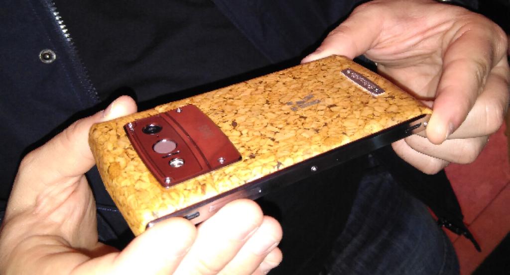 móvil de corcho