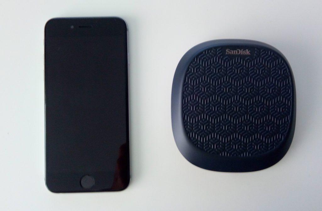 iXpand Base Iphone 6