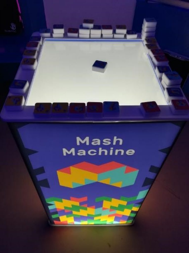 Intel® Buzz Workshop Mash Machine