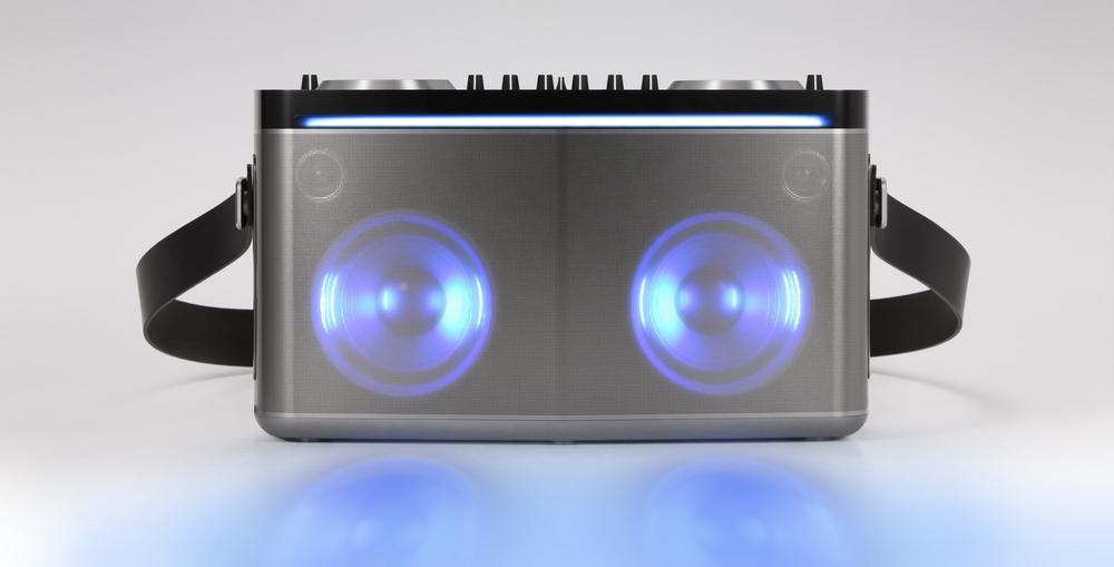 LG FJ8 - altavoz bluetooth con funciones de DJ