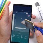 JerryRigEverything pone a prueba la durabilidad del Samsung Galaxy Note 9 en un impresionante test
