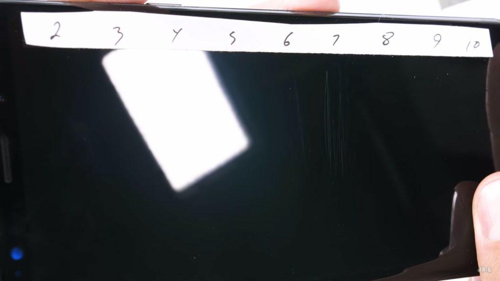 Samsung Galaxy Note 9 - Pruebas de durabilidad por JerryRigEverything