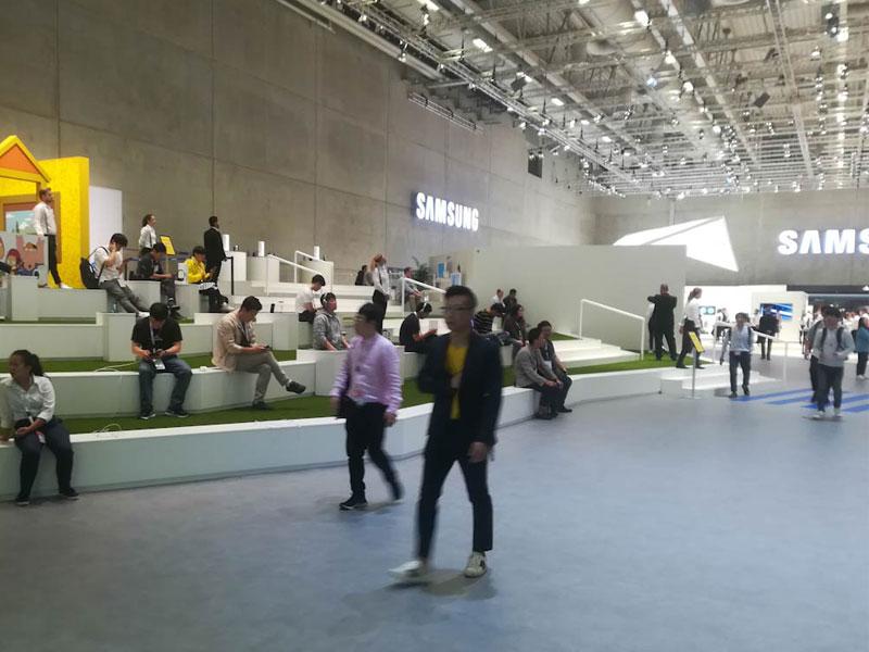 Explorando elCityCubedurante el stand de Samsung en el IFA 2018- Destacada