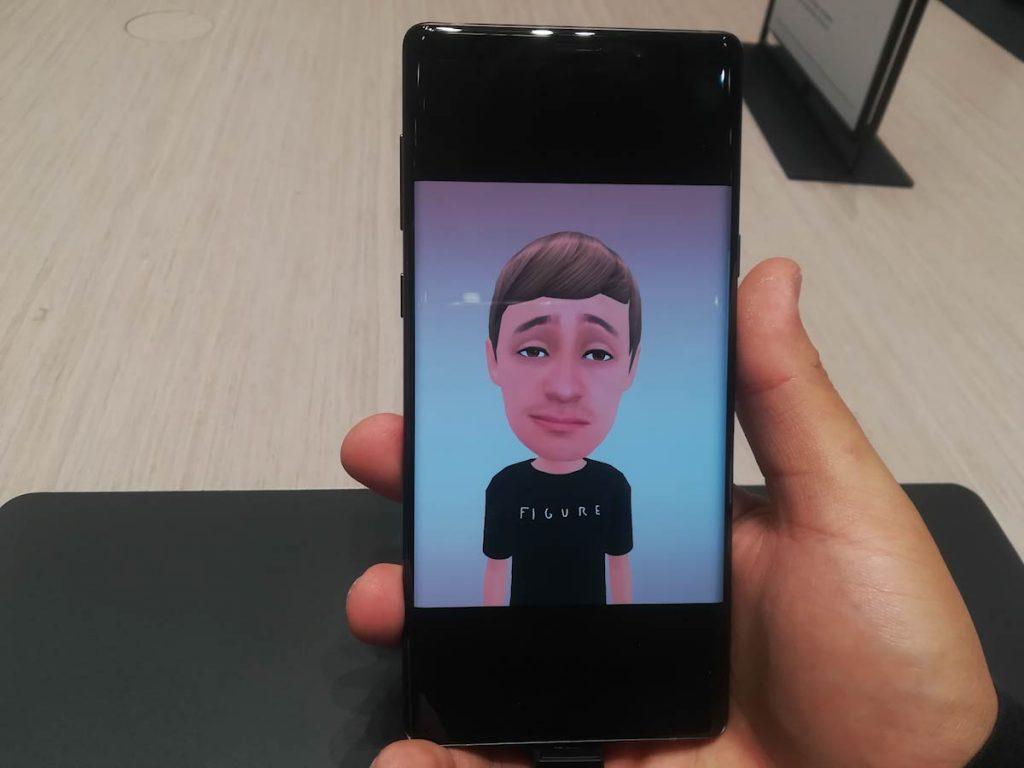 Samsung Galaxy Note 9- Explorando elCityCubedurante el stand de Samsung en el IFA 2018