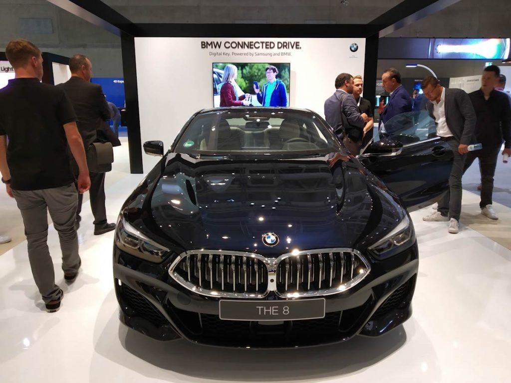 La llave digital de Samsung permitirá usar vuestro Smartphone en vez de las llaves... ¿Interesante no es así? Fabricantes como BMW ya están a bordo con la idea.
