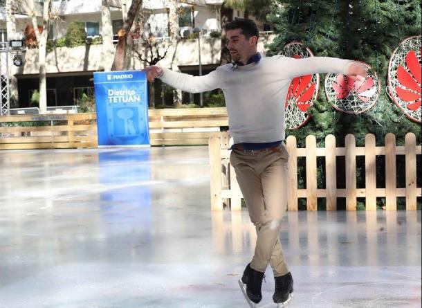 Javier Fernández ha unido fuerzas con Huawei para inaugurar una pista de hielo