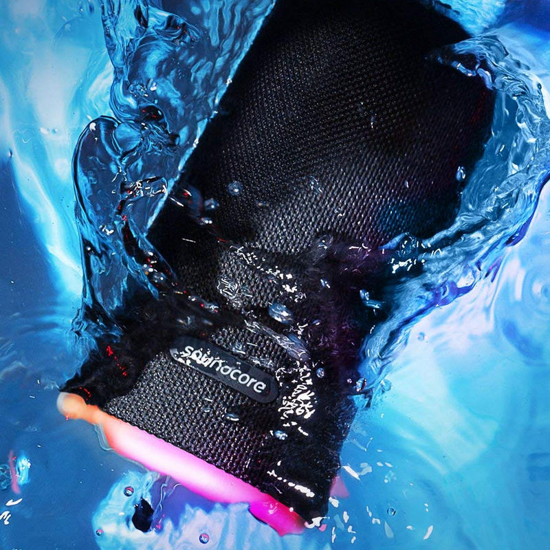 Anker SoundCore Flare Plus, resistente al agua