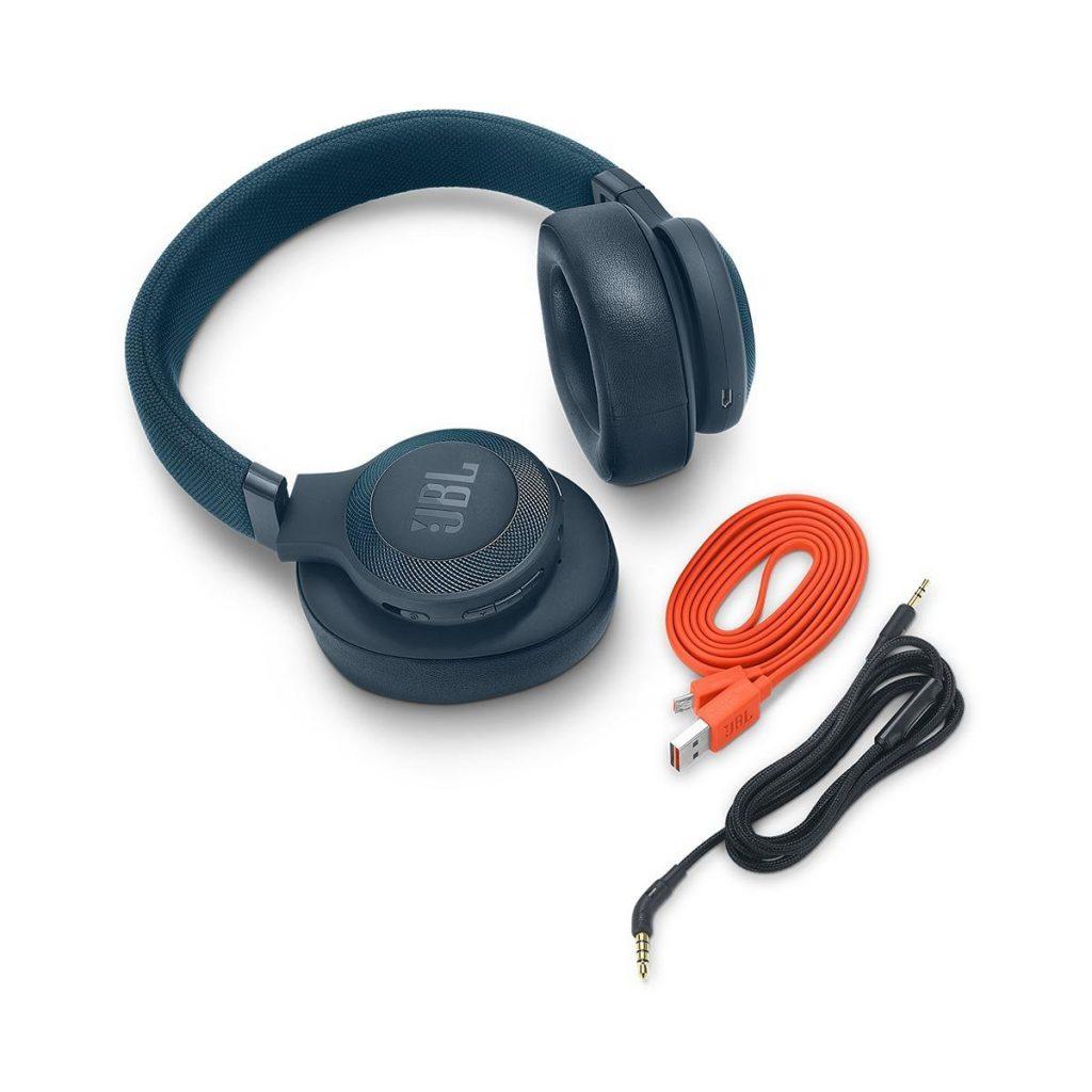 JBL E65BTNC, cables