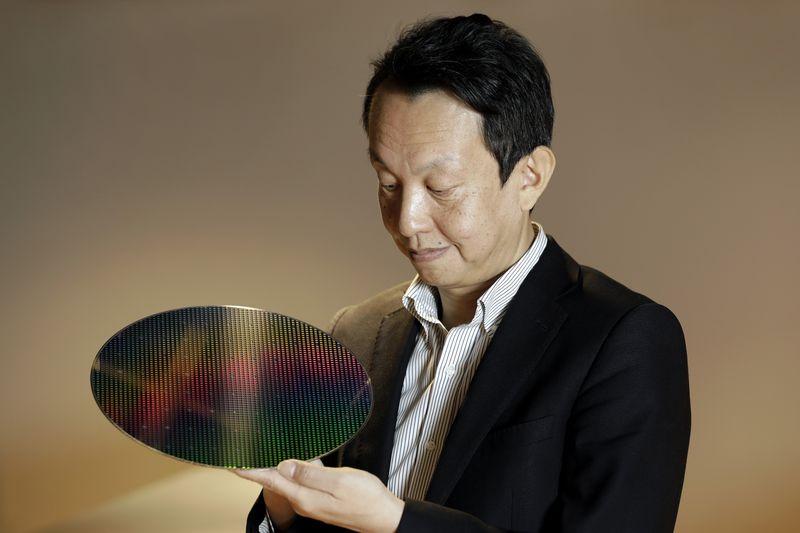 Jefe de la división de sensores de Sony, Satoshi Yoshihara