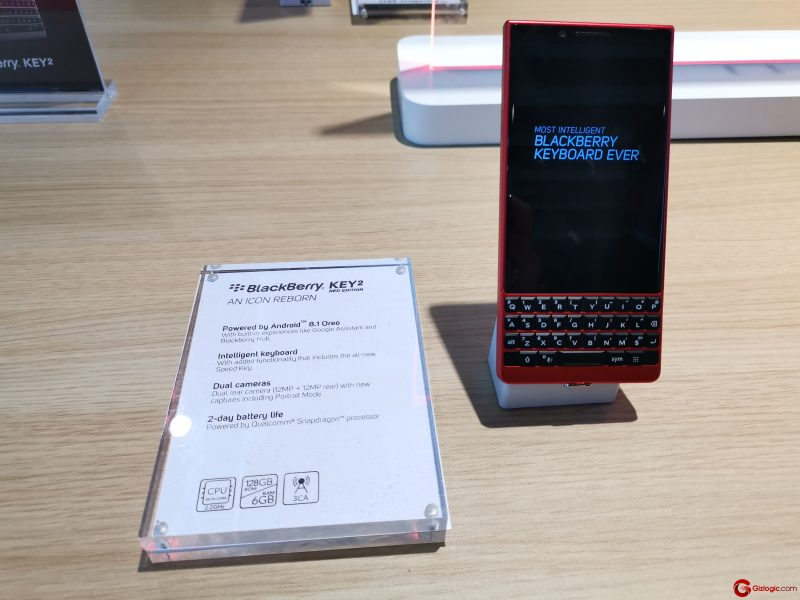 #MWC19: BlackBerry Key2 Red Edition