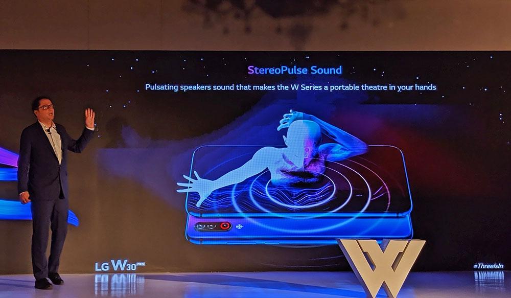 LG W30 Pro - Stereo Sound