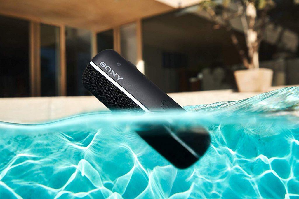 Sony SRS-XB22, resistente al agua