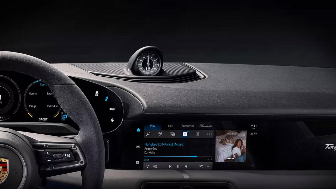 El Porsche Taycan contará con Apple Music integrado a sus funciones
