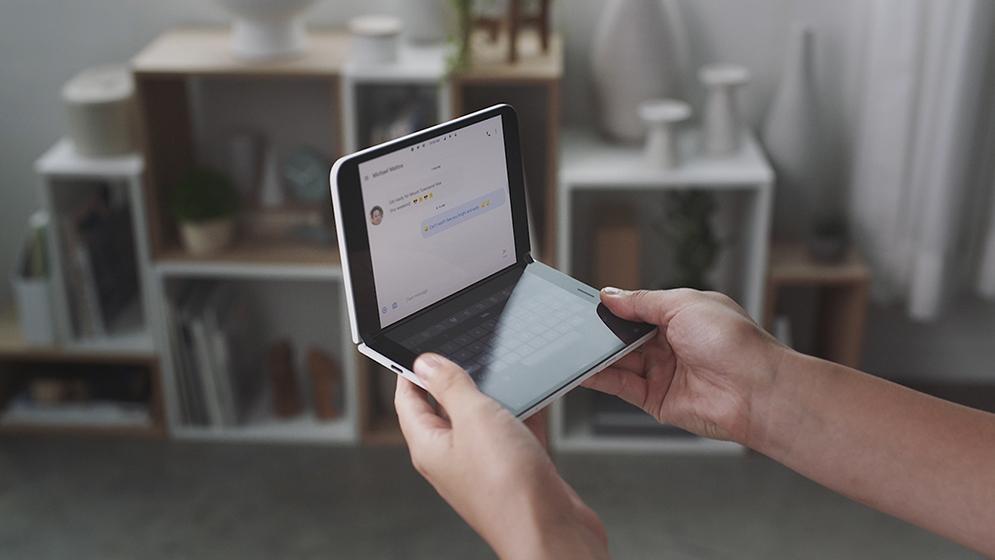 Surface Duo - Pantalla