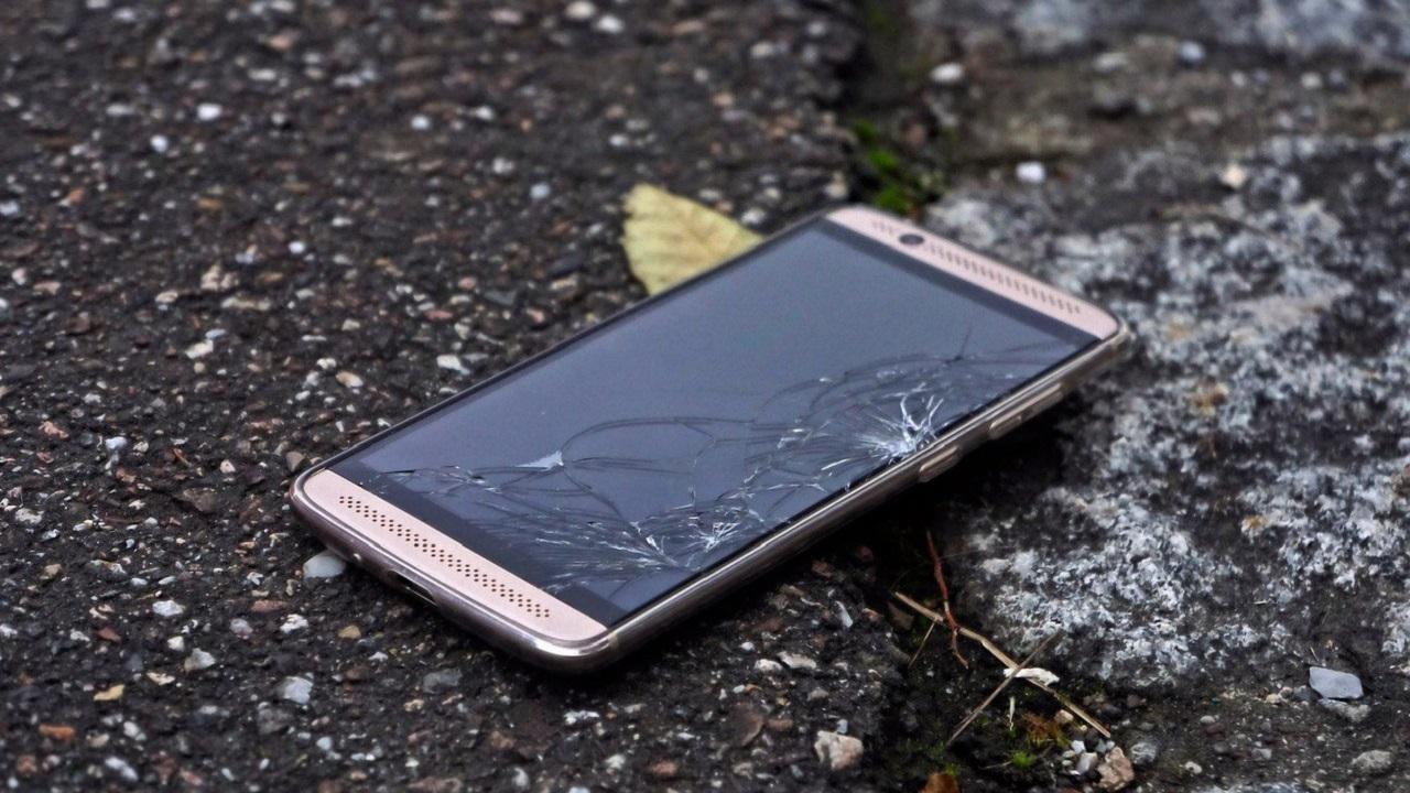 Reparar la pantalla de un móvil