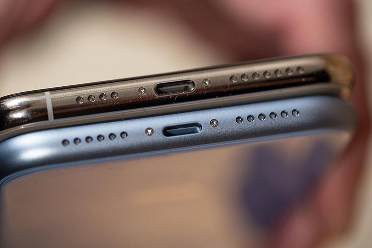 iPhones Lightning Port