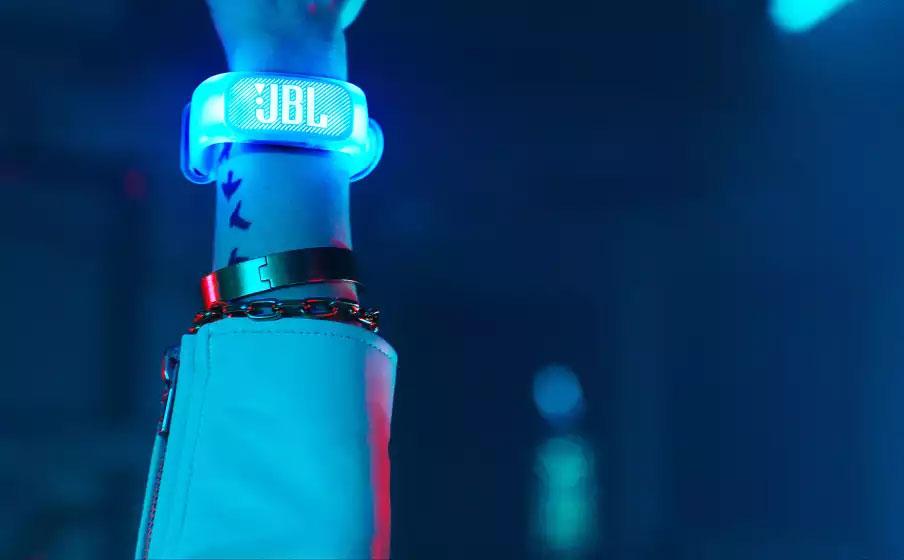 JBL Partybox 1000 - Air Gesture Wristband