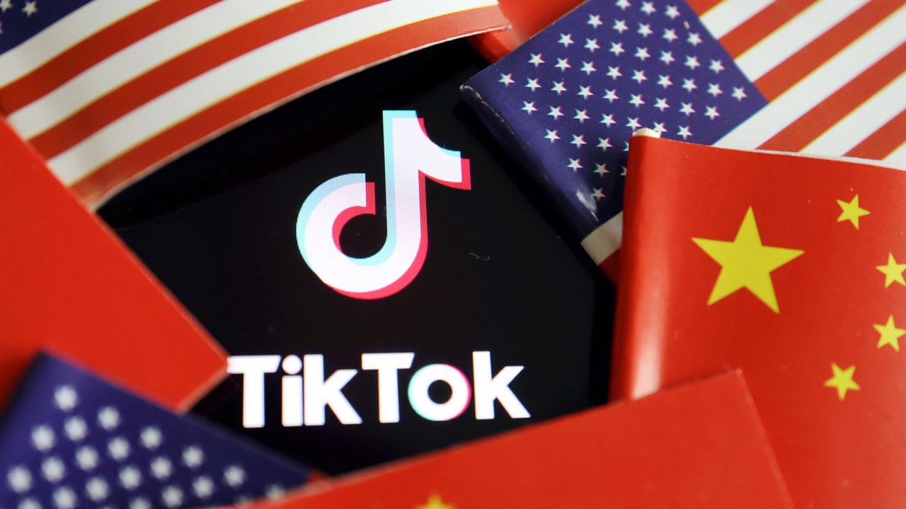 Trump amenaza con vetar TikTok, pero Microsoft podría comprarlo