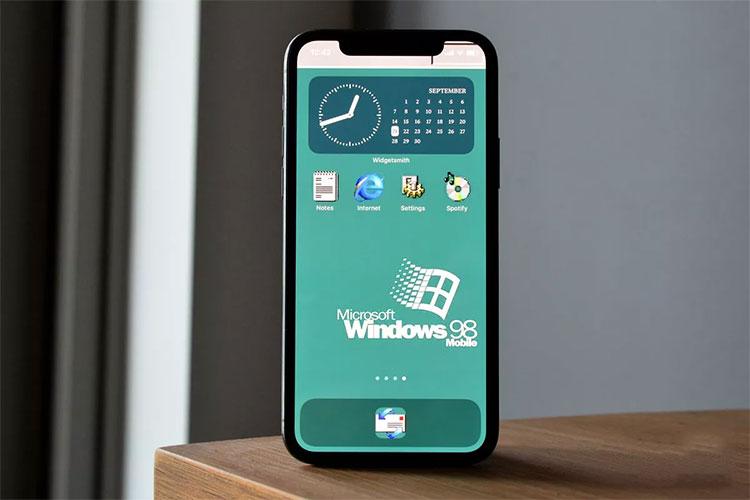 Pantalla de inicio personalizada con temática de Windows 98