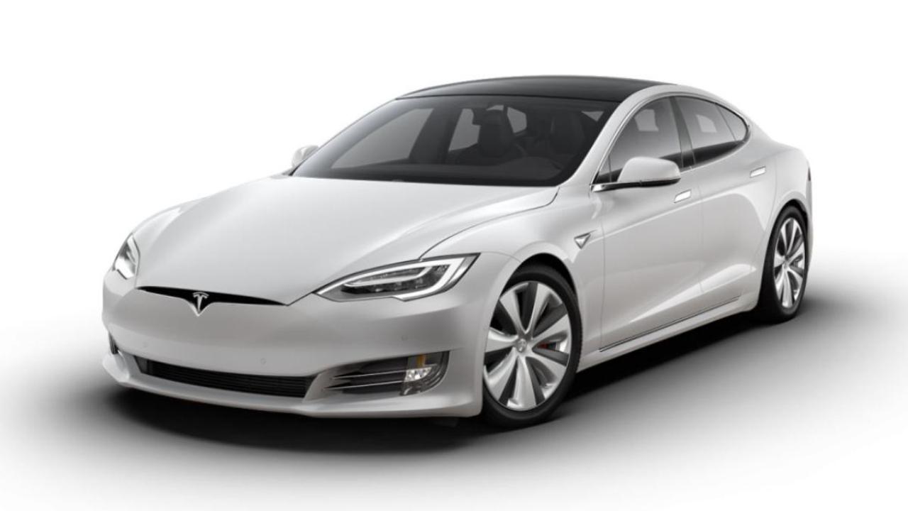 Tesla S Plaid