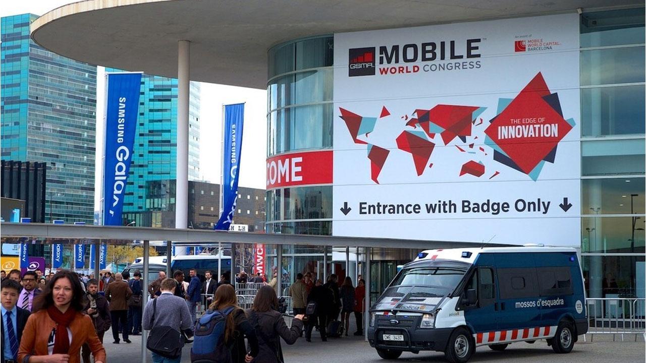 Contra viento y pandemia, el Mobile World Congress 2021 sería presencial