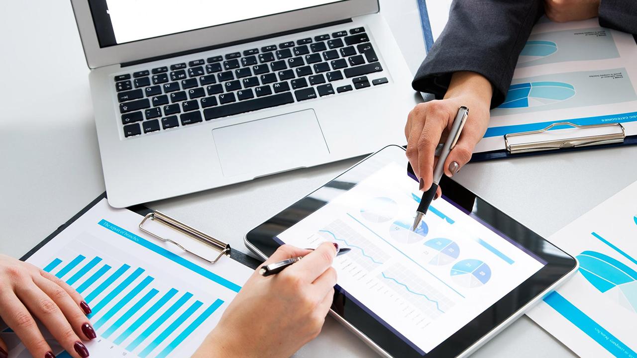 Software de gestión de empresas - Destacada
