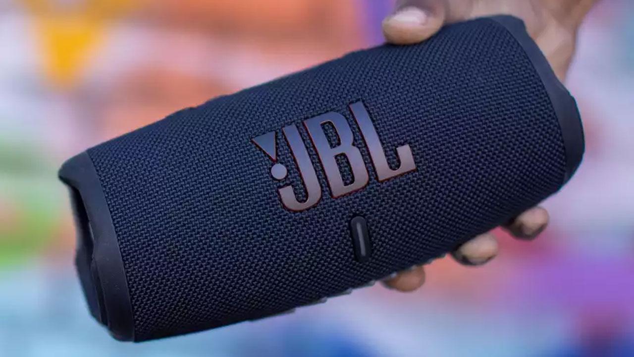 JBL Charge 5 - Destacada