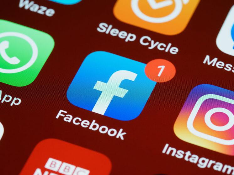 La data de millones de usuarios de Facebook circula en Internet desde hace años