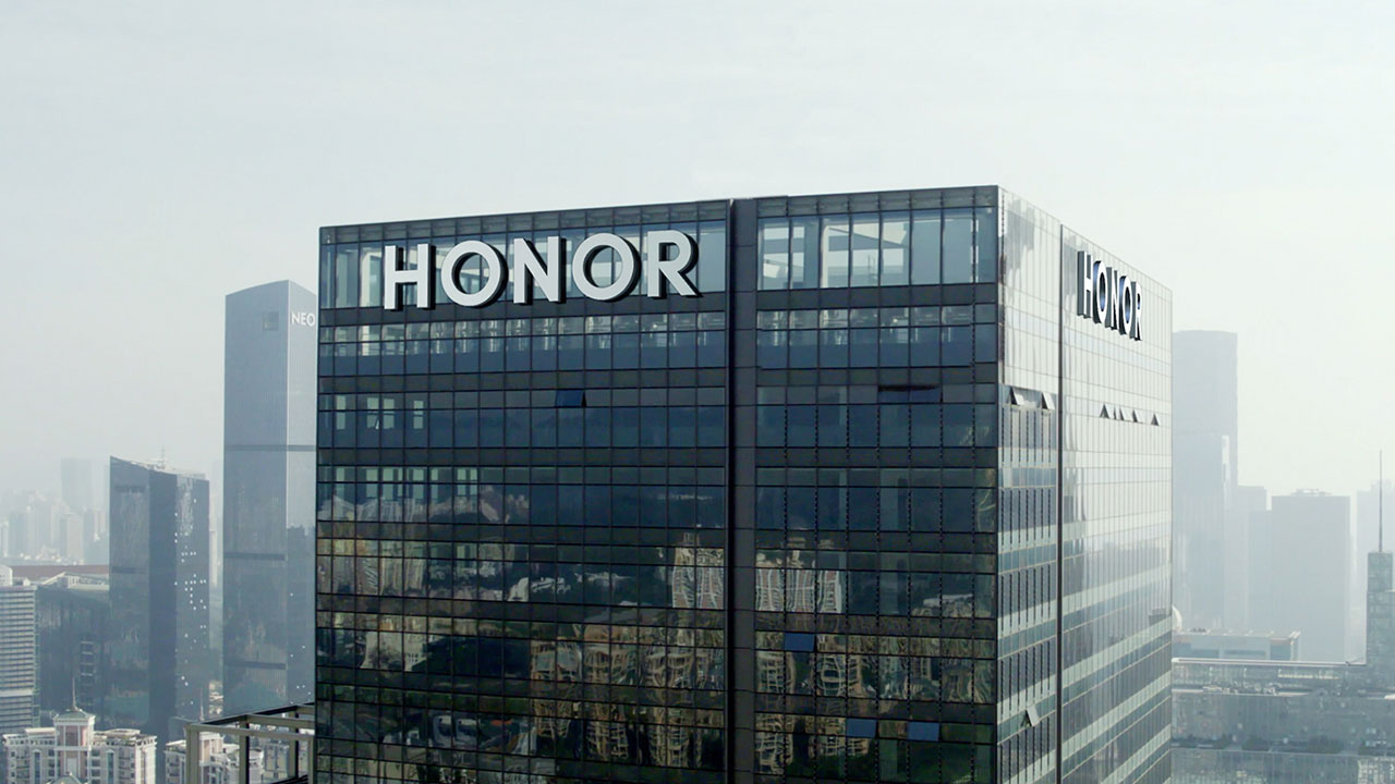 Honor se independiza por completo y pone la mira en España