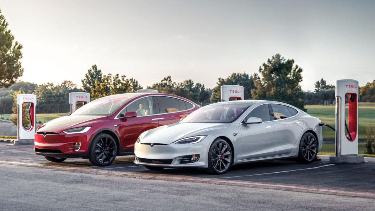 Los Superchargers V3 de Tesla alcanzarán los 300kW dentro de poco