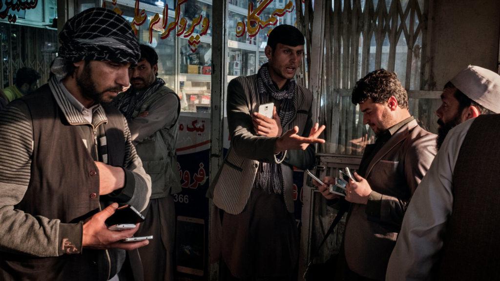 Facebook toma medidas para proteger a sus usuarios de Afganistán