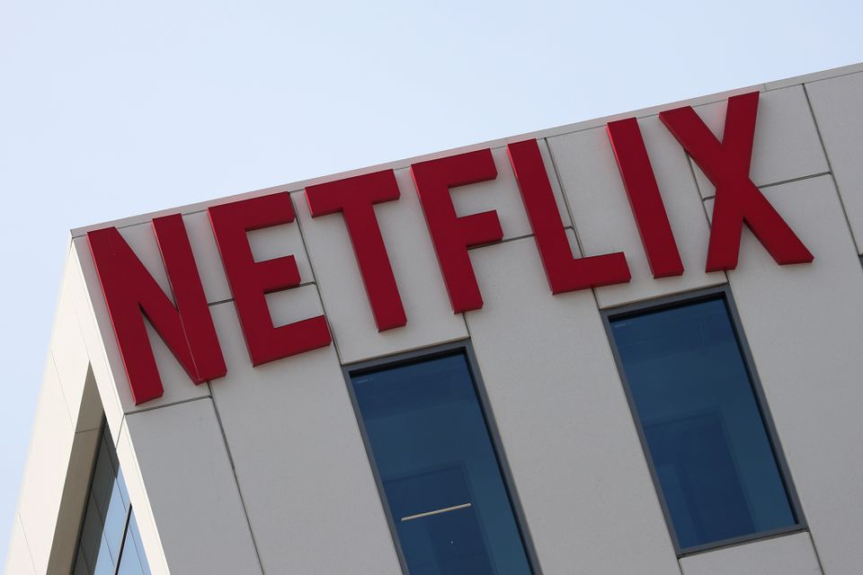El éxito del Juego del Calamar podría costarle millones a Netflix