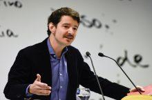 ENTREVISTA: Hablamos con Cristóbal Cobo, autor del libro Acepto las condiciones