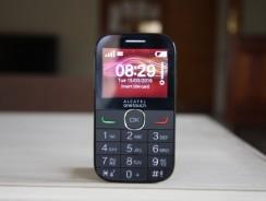 Alcatel 2004C, un teléfono simple, fácil y barato.