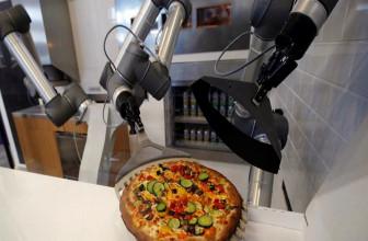Ekim diseña un robot que hace pizzas