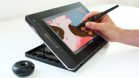 HuionKamvasPro 13, tableta de dibujo asequible para crear sin límites
