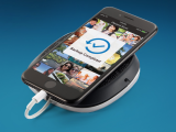 Base iXpand Sandisk, iPhone cargado y copia de seguridad