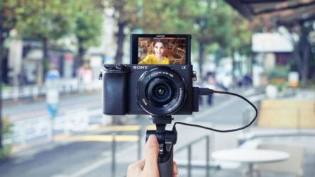 Sony Alpha 6400, la cámara perfecta paraVloggersentusiastas